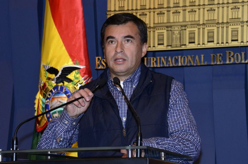 Martin Belaunde escapes house arrest in Bolivia