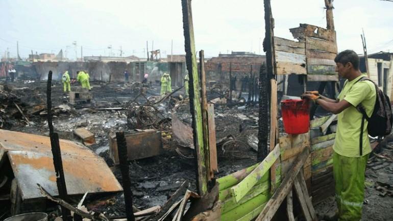 Fire in Callao shantytown destroys dozens of homes