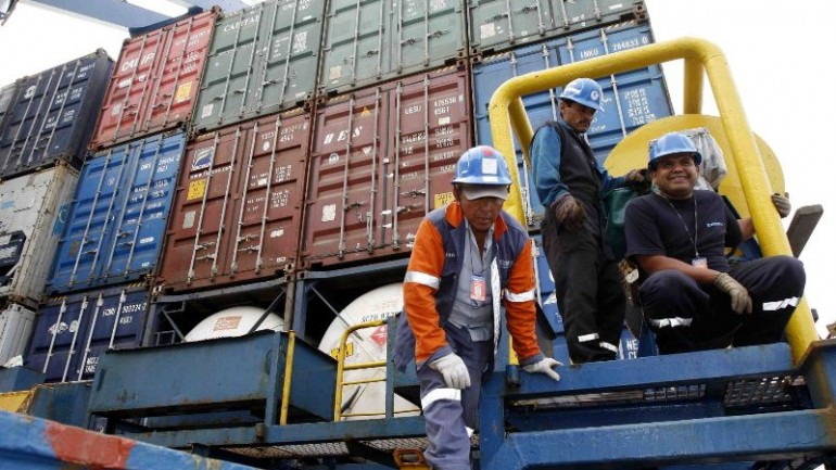 $100 million Callao dockworkers strike ends
