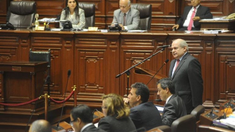 Congress approves 90-day decree powers for Humala's government
