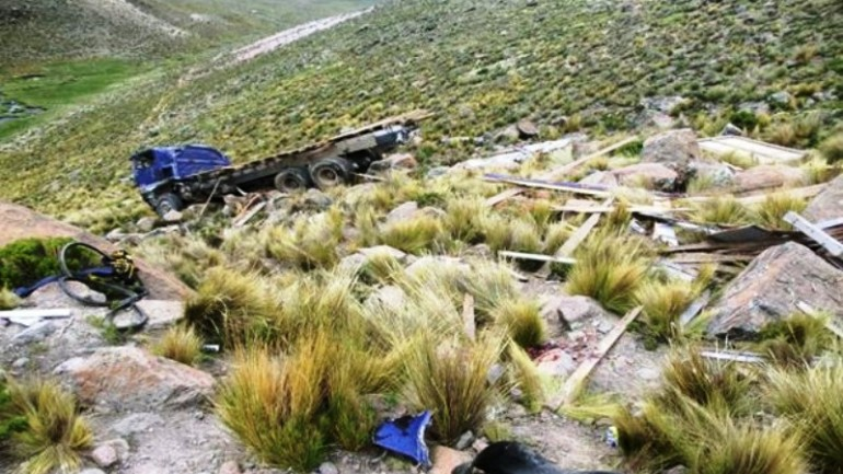 At least 10 dead in central Peru truck accident