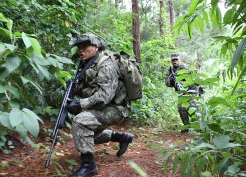 Guerrilla ambush kills soldier in central Peru