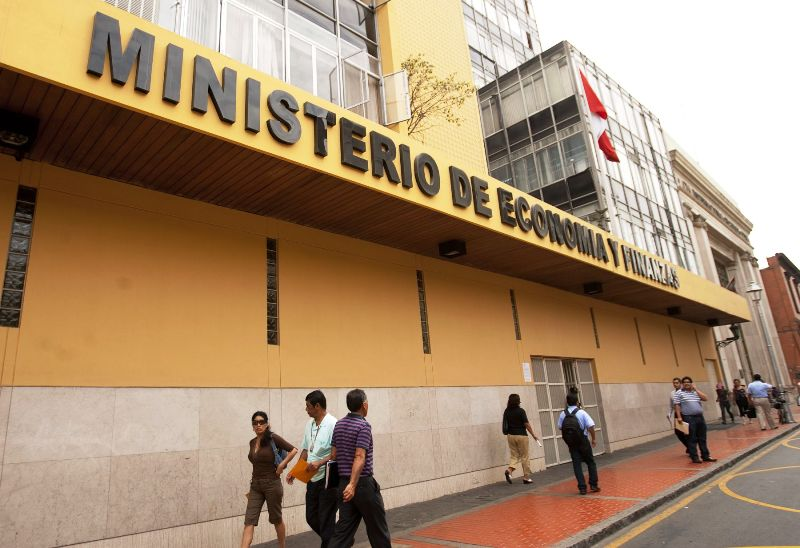 Peru issues $1.25 billion in sovereign bonds
