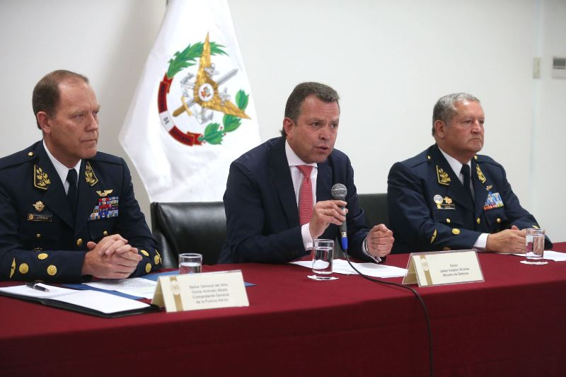 Members of Peru's military arrested for weapons trafficking