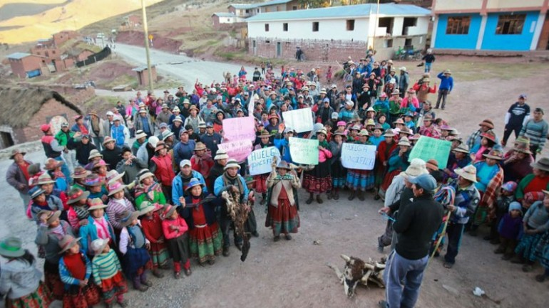 Las Bambas protesters lift strike for government talks