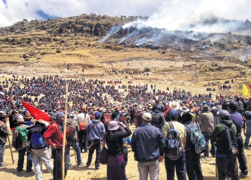 Three killed in protests against southern Peru copper mine