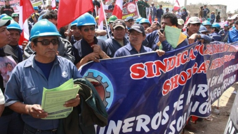 Workers call indefinite strike at southern Peru iron mine