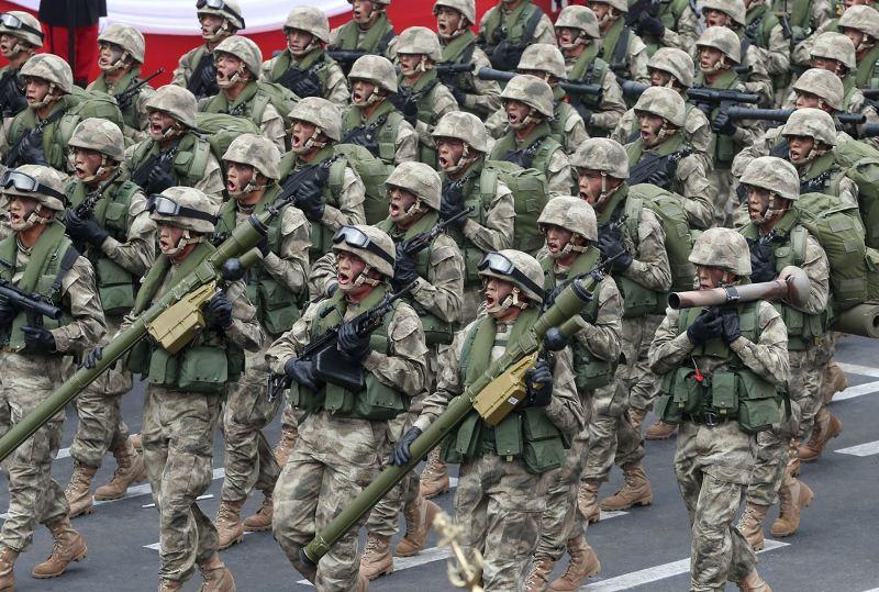 Alan Garcia calls for Peru's military to patrol streets
