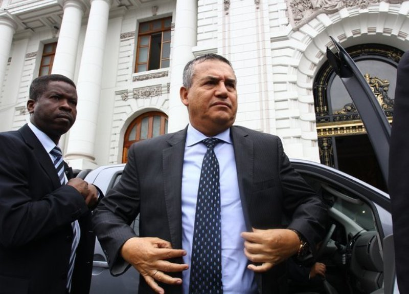 Witness accuses presidential candidate of rape at murder trial