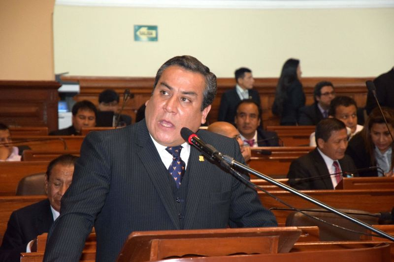 Peru's congress poised to impeach justice minister