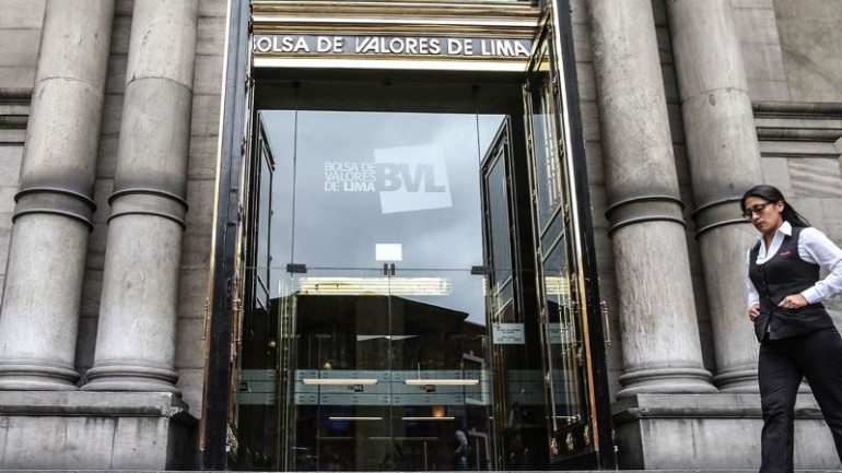 Lima stock exchange falls 1.4% as Peru's sol breaks 3.40 threshold