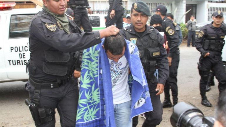 Corrupt police gangs arrested throughout Peru