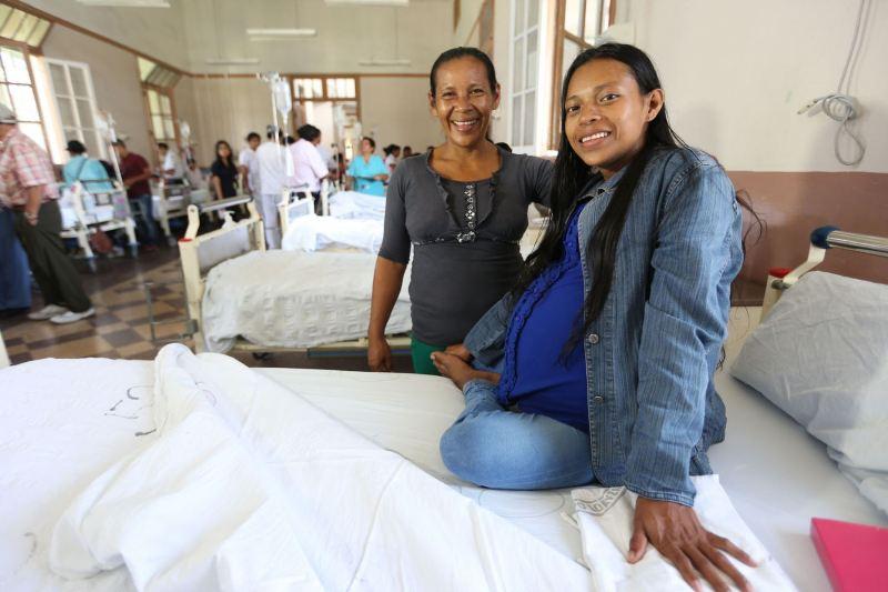 Peru: Woman undergoes surgery to remove 35-pound tumor