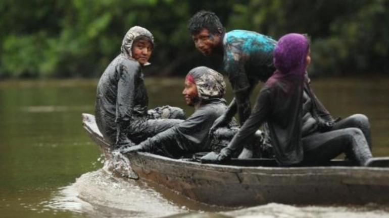 Oil spills contaminate major river in Peru's Amazon