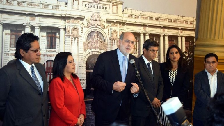 Peru's ruling party withdraws from 2016 elections