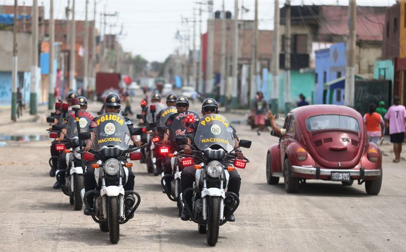 Lima's high-crime port district under six months of martial law