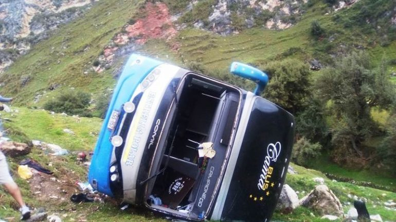 24 killed in central Peru bus accident