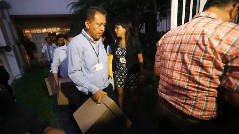 Peru tax police raid Panama firm's Lima office