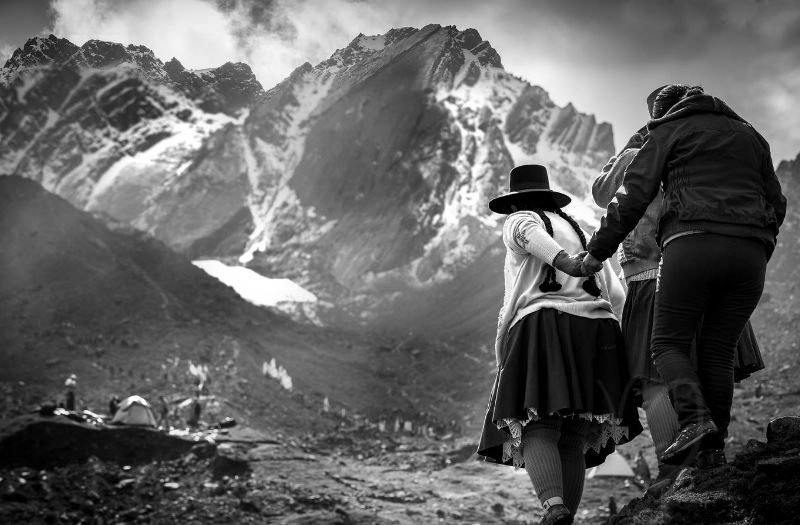 French photographer portrays Inca capital at exhibit in Lima