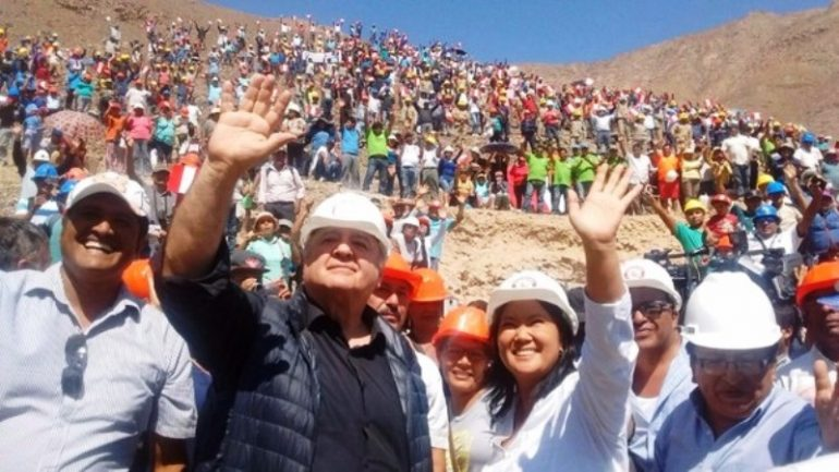 Peru economist Hernando de Soto endorses Keiko Fujimori