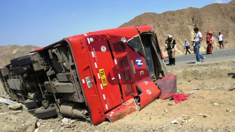 Two bus accidents leave 19 dead in northern Peru