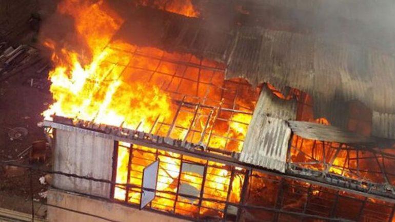 Informal workshop fire destroys six homes in Lima