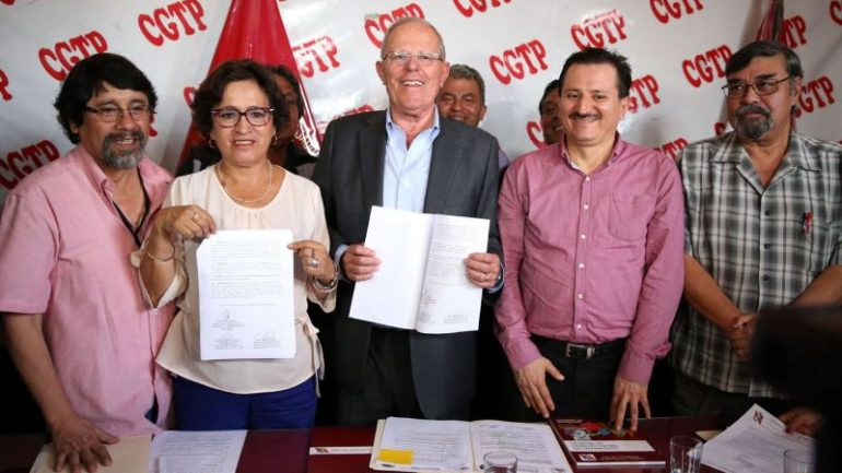 Peru's largest labor union backs Pedro Pablo Kuczysnki
