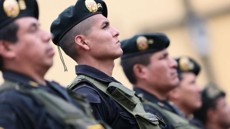 Peru deploys police from interior to battle Lima crime wave