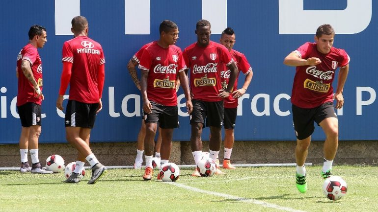 Peru national soccer team named for Copa America Centenario