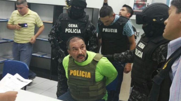 Fugitive governor extradited to Peru from Ecuador