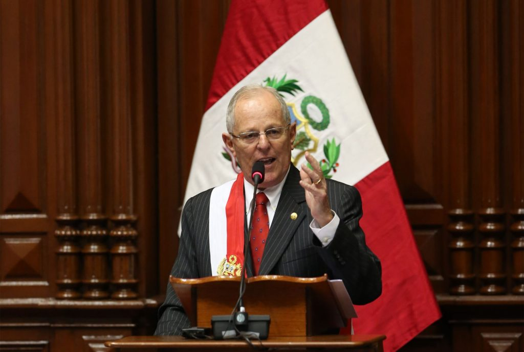 Kuczynski outlines plan for peru in inaugural address for Foto del ministro del interior
