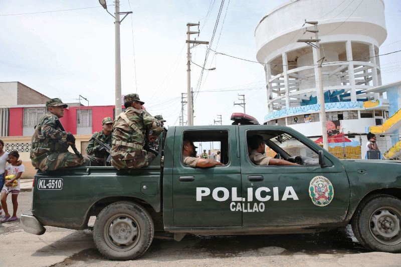 Martial law in Lima port district extended to nine months