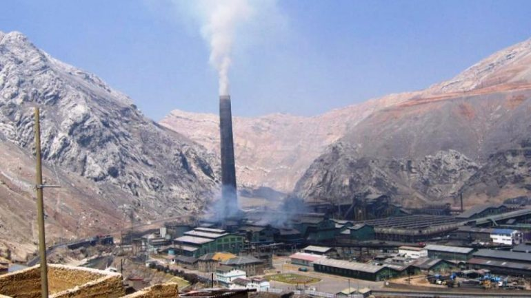 Chinese miners evaluating pending bid for Peru's La Oroya smelter