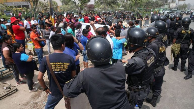 Lima mob chasing 'organ harvesters' leaves one dead, 34 arrested