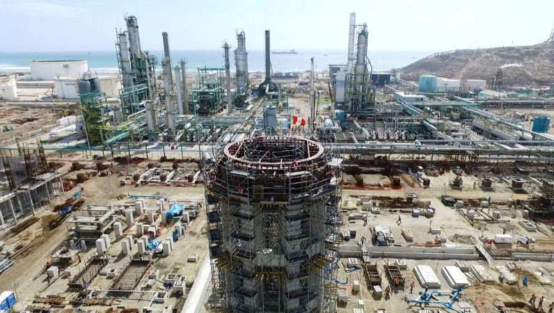 Peru's state oil firm looks to grow amid industry chaos