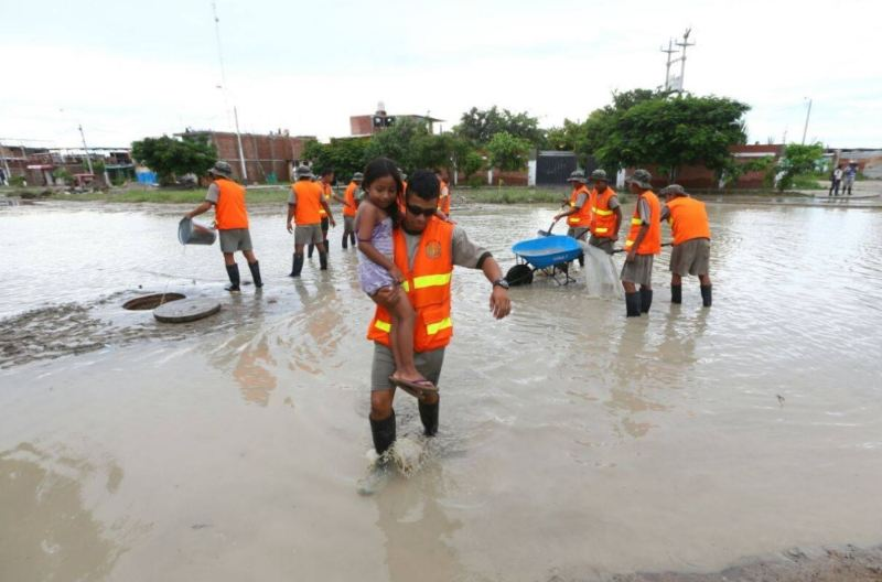 Heavy floods in northern Peru, some call for suspending ...