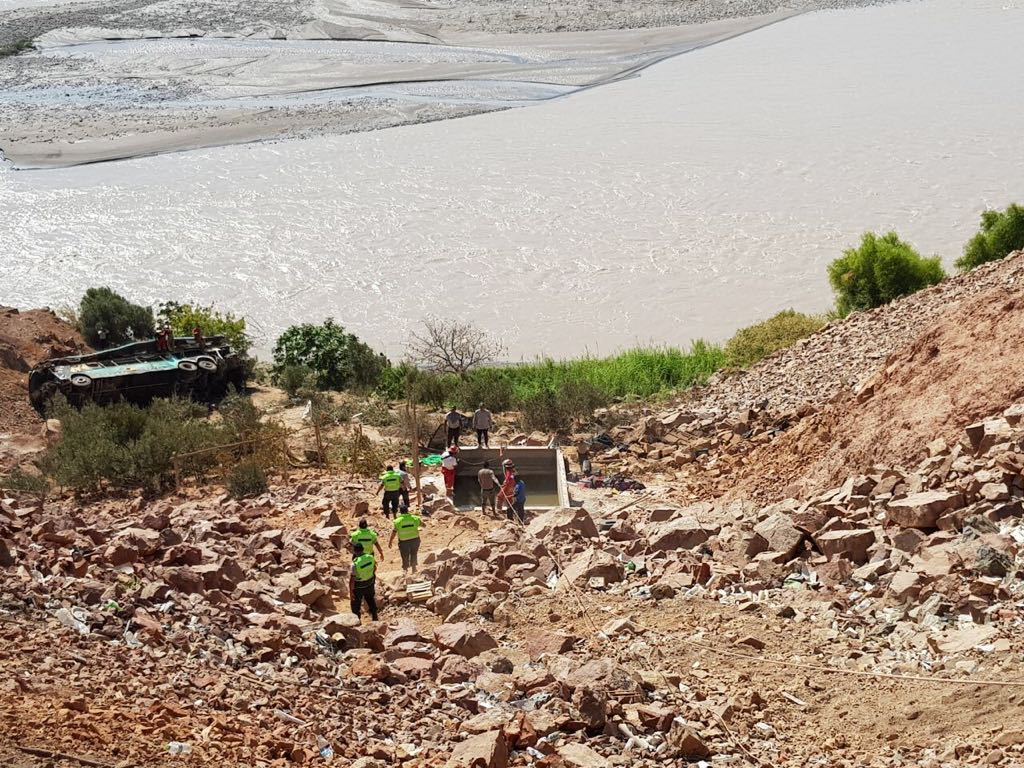 Bus plunges 100m off Pan-American highway cliff, killing at least 44 people