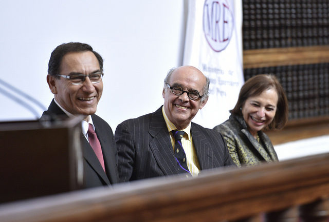 President Martín Vizcarra's  approval rating reaches 55% in early polling