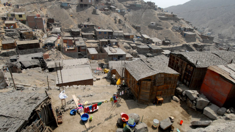 Peru poverty rate rises for first time in nearly two decades