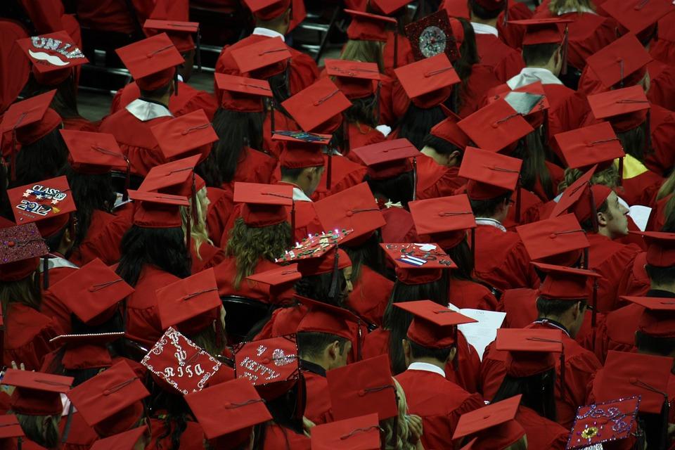 Half of the Venezuelans in Peru have advanced degrees