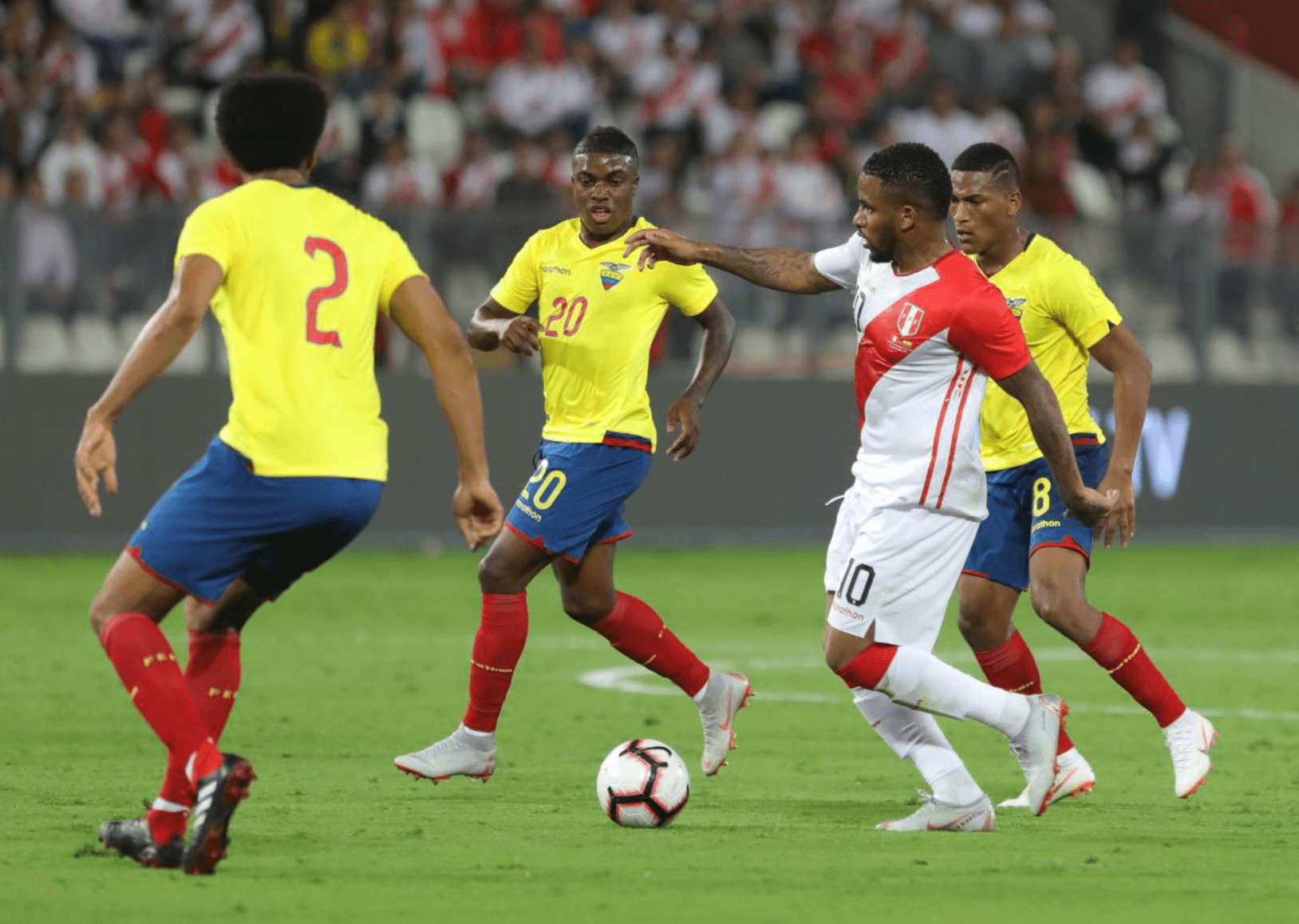 Peru drops home friendly to Ecuador 2-0