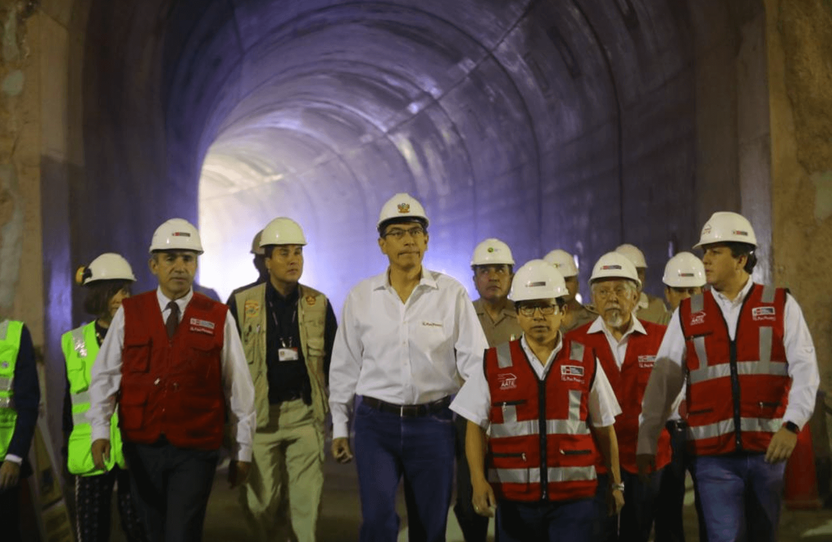 Vizcarra promises that Lima metro's Line 2 will be done eight years earlier than planned
