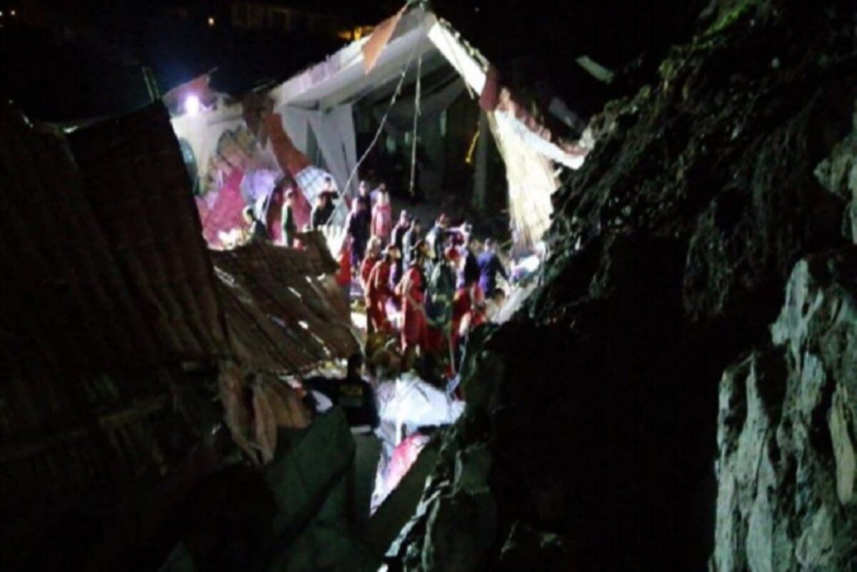 At least 15 dead and 32 injured at wedding party after a landslide